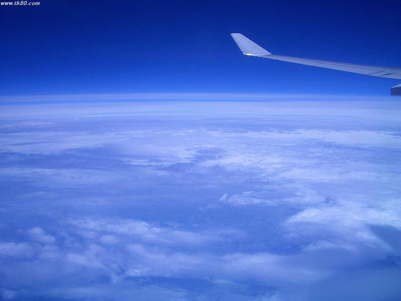 雲海と青空がキレイです