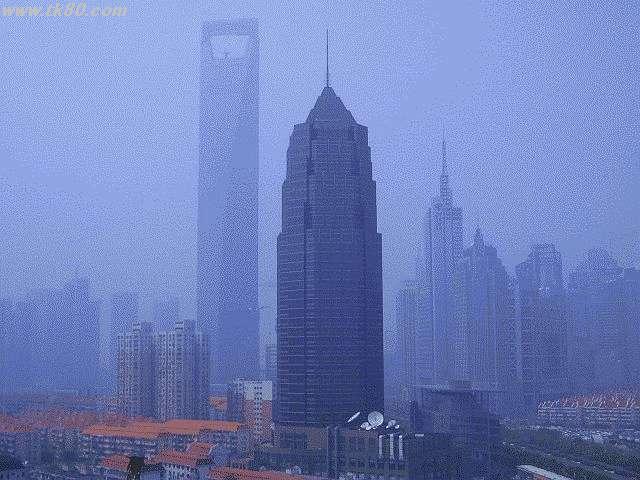 上海の超高層ビルです