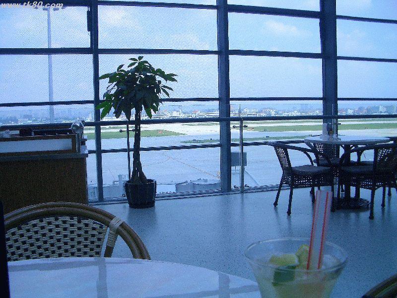 虹橋空港はホントにデカクなりました